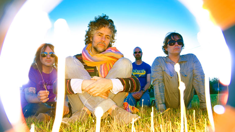 20. The Flaming Lips - The Fabulous Freaks