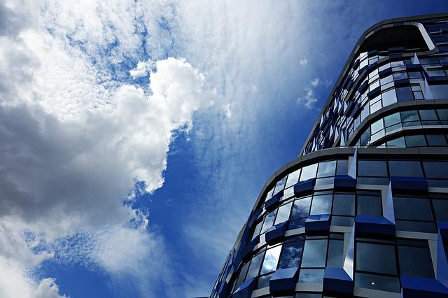 high-rise-1487990_640.jpg