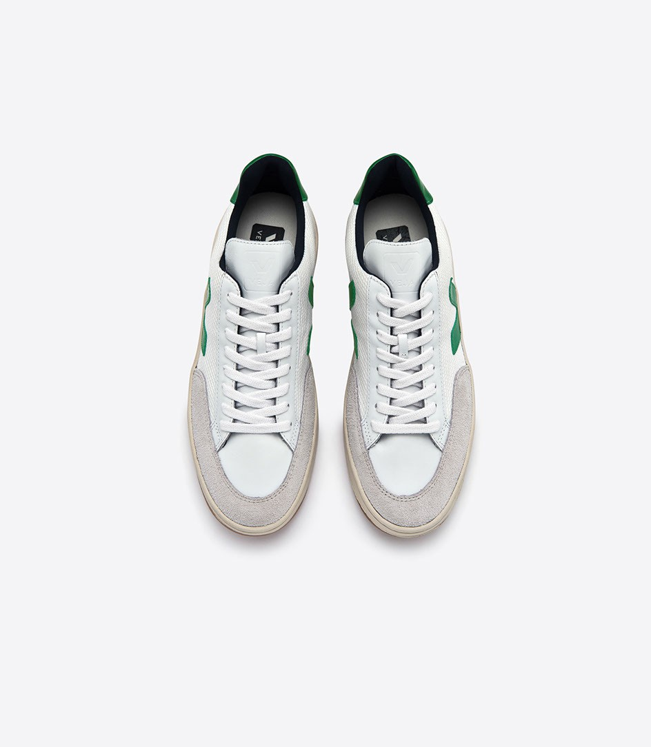 Environmentally friendly sneakers, made with raw materials sourced from organic farming and ecological agriculture, without chemicals or polluting processes.   Veja Trainers £110