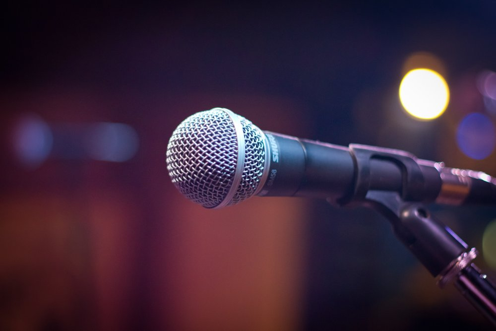 microphone-1261793.jpg