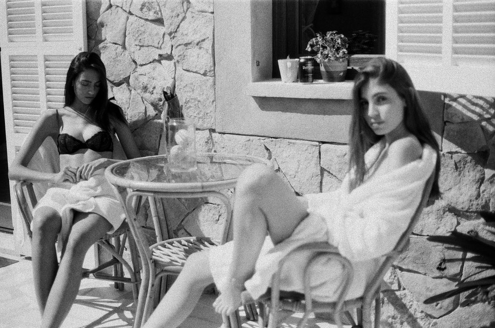 Paula Garcia & Eva Pons by Stefan Deyn