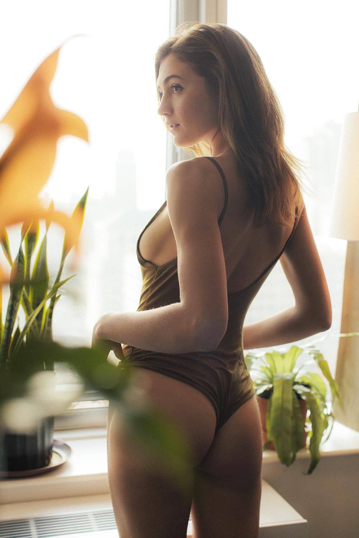 Zoe Schwartz by Villanuevo