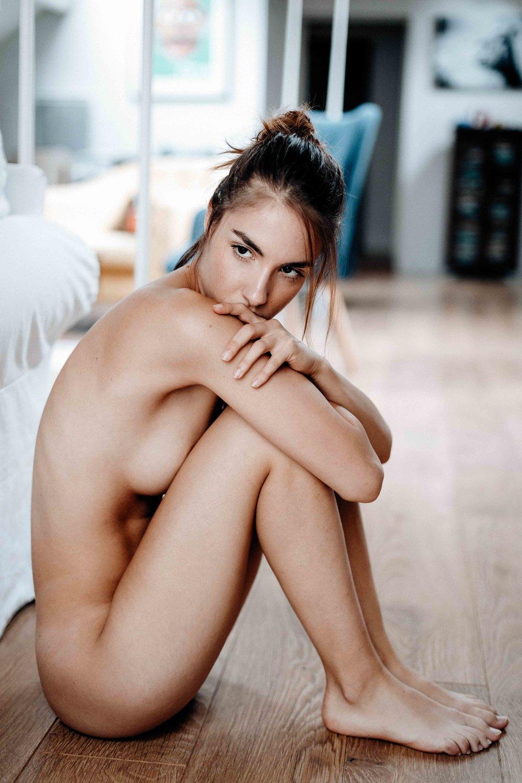 Rebecca-17.jpg