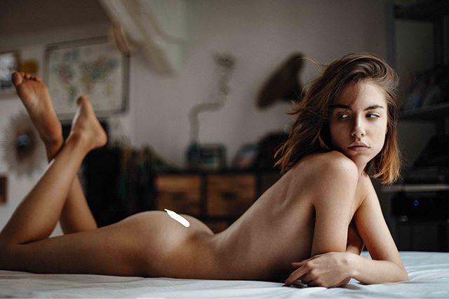 Affection 💕 Now up on www.rektmag.net @_rebeccabagnol captured by @piergab  #rektmag #beauty #body #shape #form #paris #freethenipplemovement