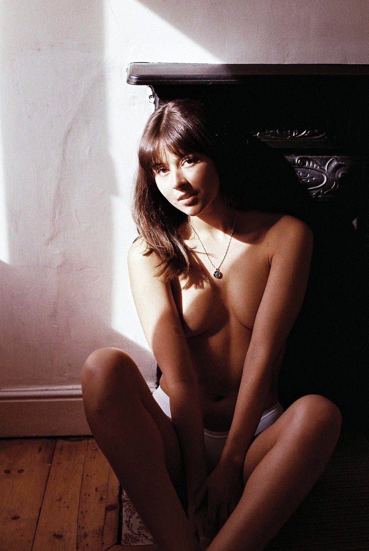Isobelle Film x Stephan Small (15 of 32).jpg