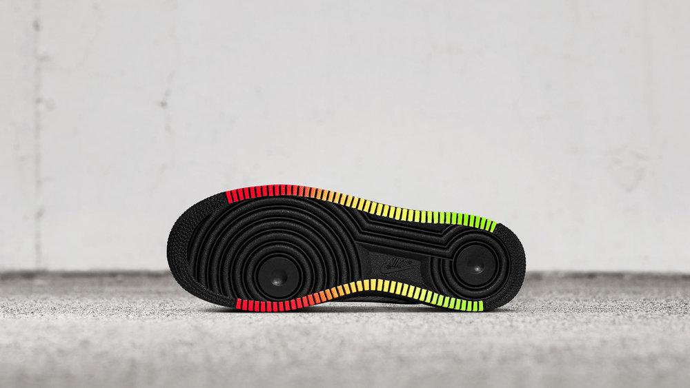 Nike-AF1-Jet-PE-Elton-John-2_hd_1600.jpg