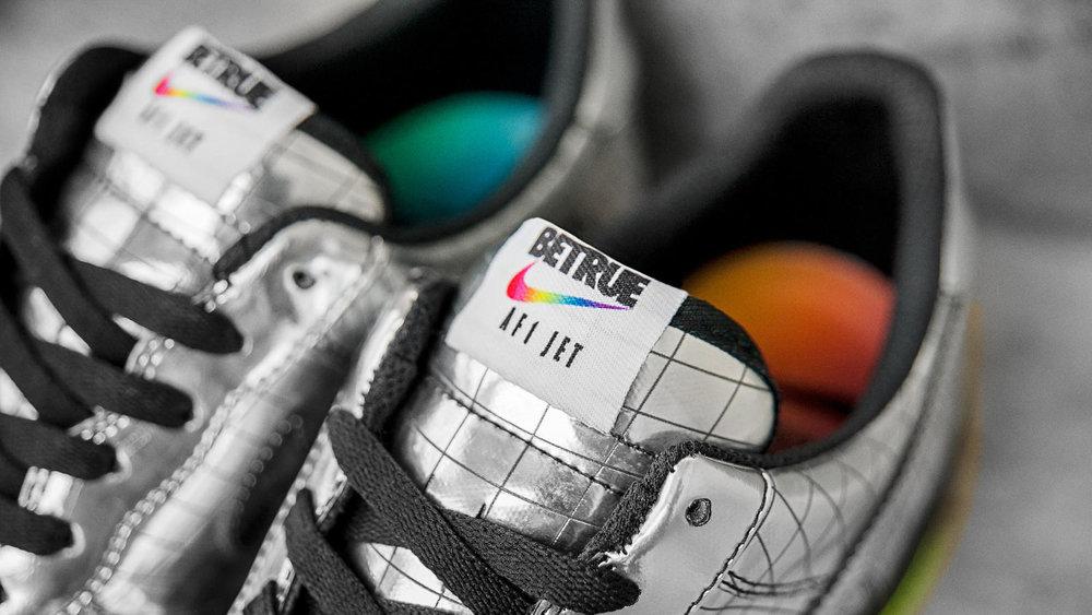 Nike-AF1-Jet-PE-Elton-John-3_hd_1600.jpg