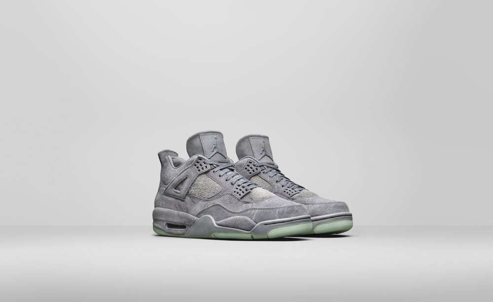 JD_4_RETRO_KAWS_930155-033_A4_Pair_67645.jpg