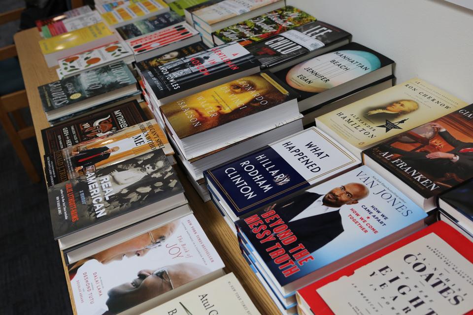 BookFair5_1I8A2748.jpg