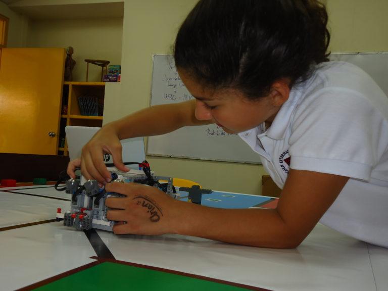 - Nicaragua en el radar de la Robótica Educativa. En el país, quienes se dedican a la construcción de equipos altamente sofisticados lo están haciendo a través de robótica educativa