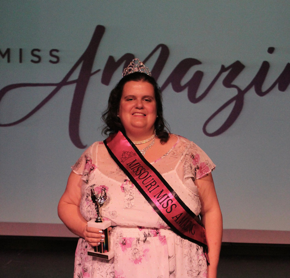 Missouri Miss Amazing Sr. Miss  |  Sarah Jones   Click to read more about Sarah!