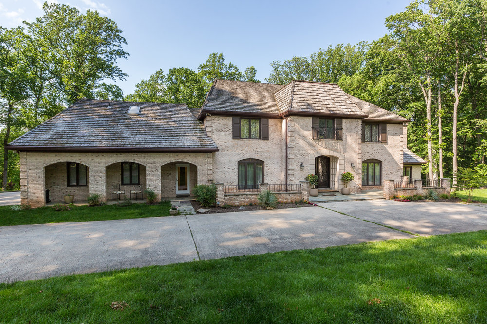 Former Washington Bullets center Gheorghe Mureșan, has recently listed his home in Potomac, MD for $2,250,000