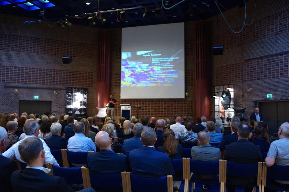 Oplæg om digitaliseringens muligheder og konsekvenser for samtlige Le Klints forhandlere i Norden