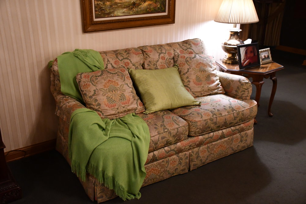 Thompson-Kuenster Funeral Home | Furniture Sale