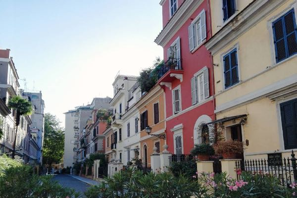 The small but cool little London in Rome