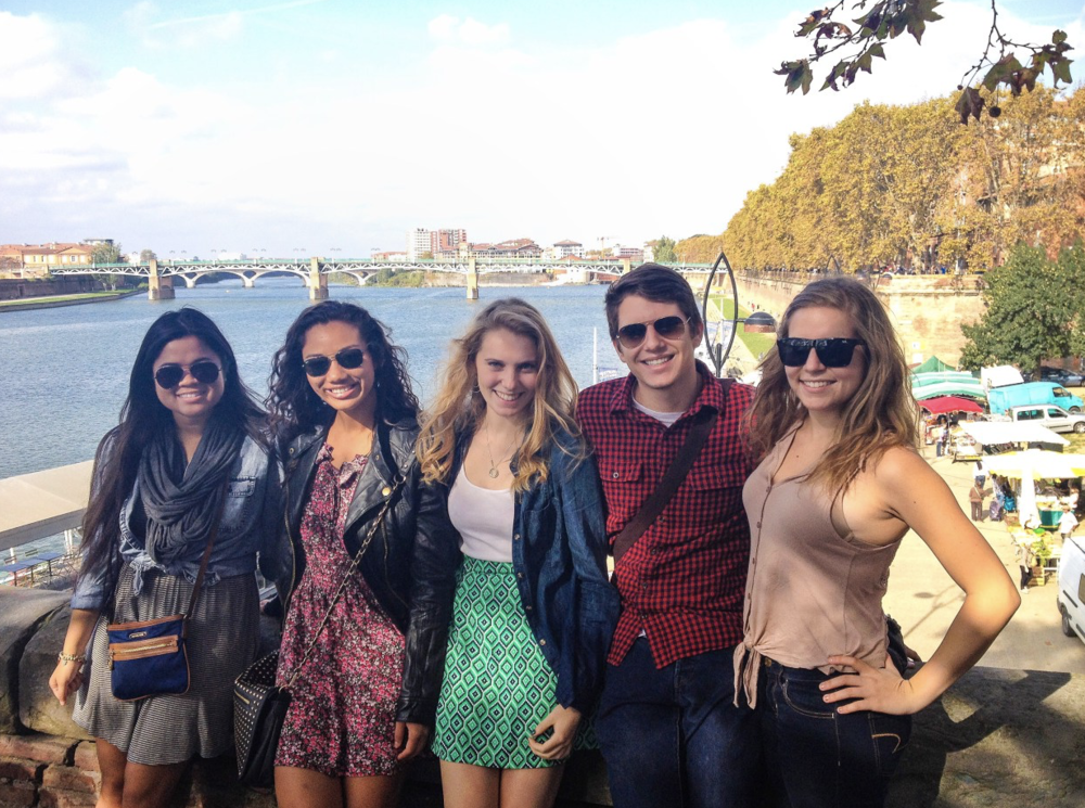 thetravelhub_study abroad.png