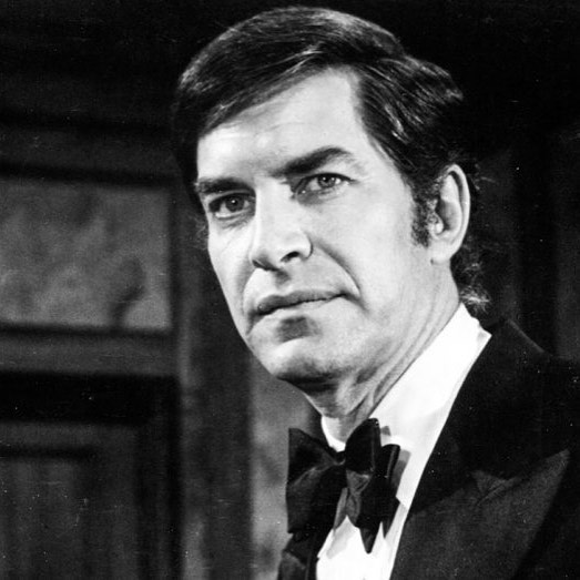 Saddened to hear of the passing of Martin Landau. A true Hollywood legend. My thoughts are with his loved ones.