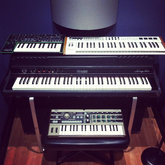 Some new keyboard & synth additions at Sound Vault Studios thanks to @danmoulder, one of Chicago's best session keyboard players! Stay tuned for more arriving soon!  #fenderrhodes #microkorg #arturia #rolandsystem1