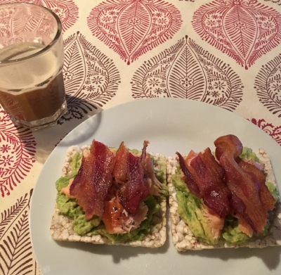 6:45am Smashed avocado, smoked salmon, and bacon on rice crackers + Single shot of espresso with steamed rice milk + Water