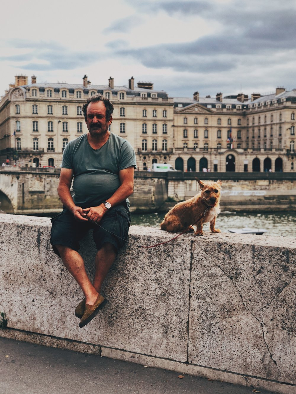 Man and his dog on Seine