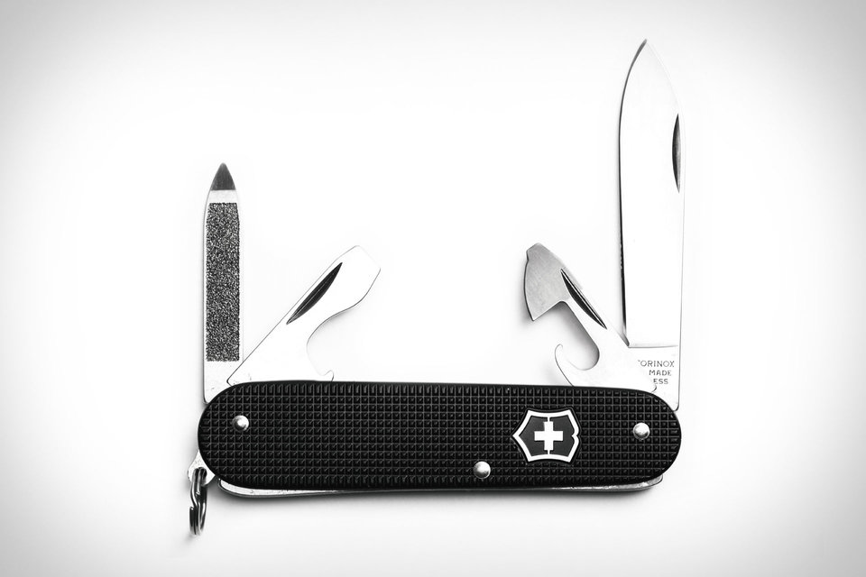 victorinox-cadet-knife-3-thumb-960xauto-83410.jpg
