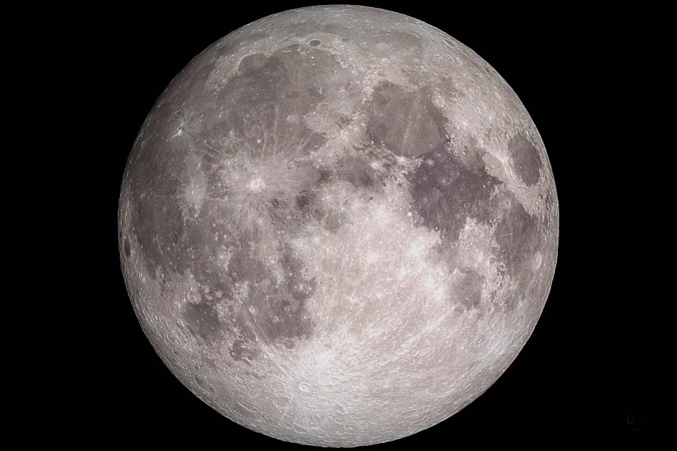 4k-moon-tour.jpg