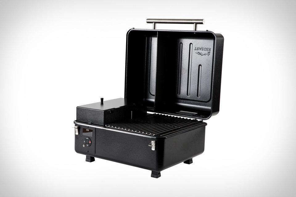 traeger-ranger-grill-2-thumb-960xauto-87024.jpg