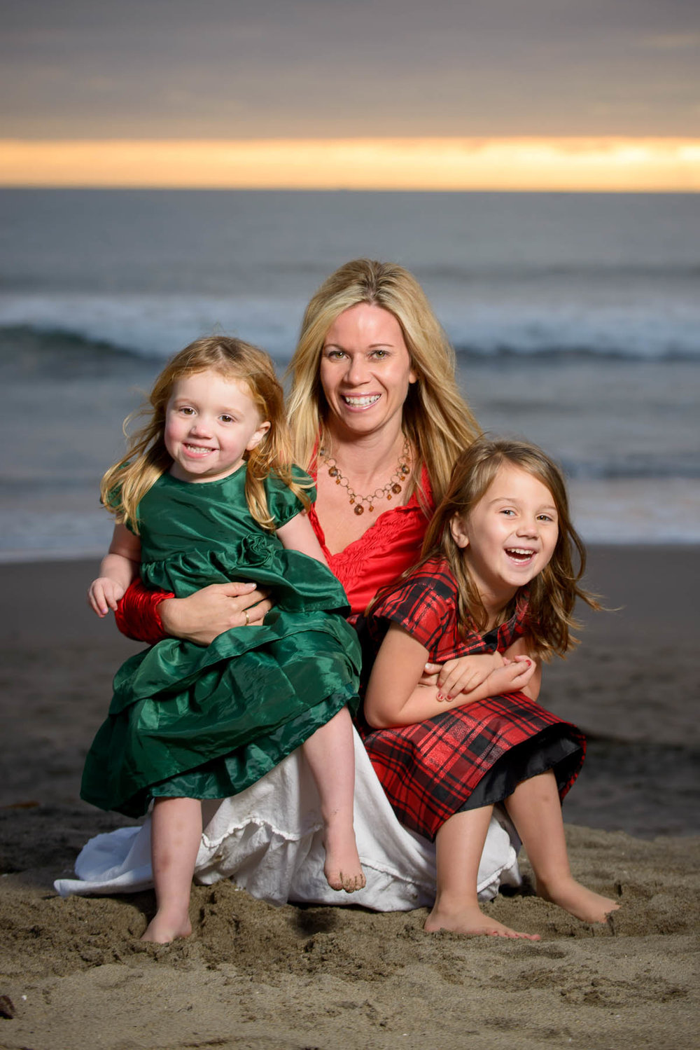 4189_d800_Monica_and_Girls_Rio_Del_Mar_Beach_Aptos_Family_Photography.jpg