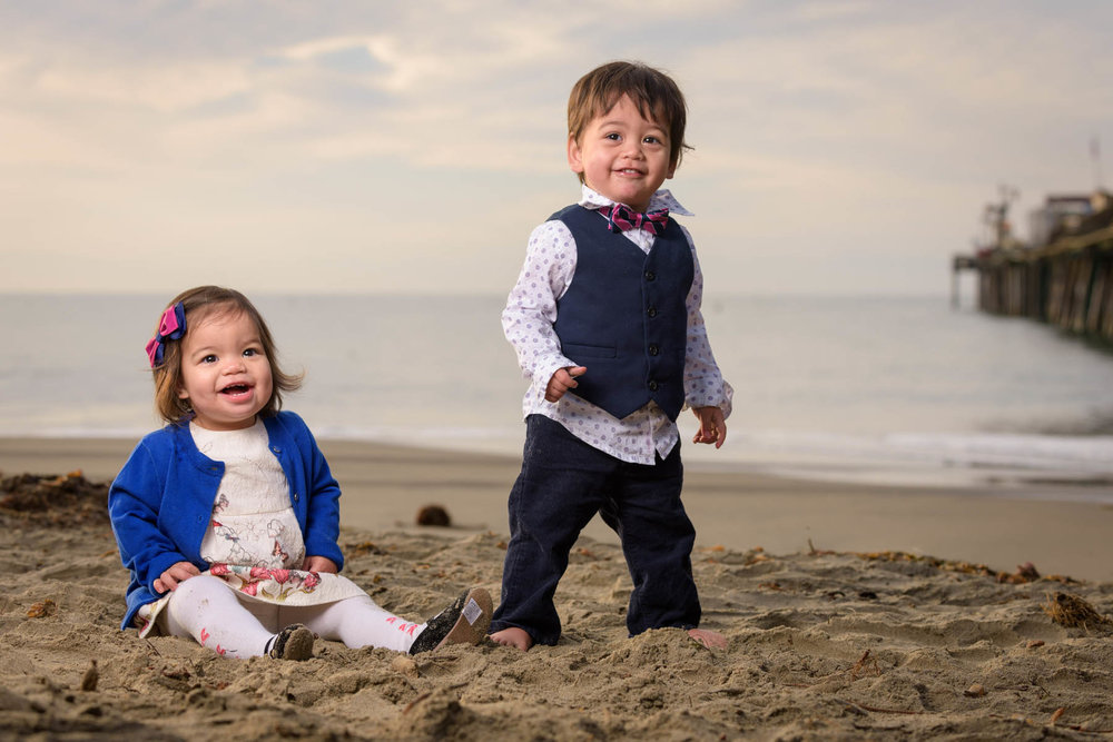 9446_d810_Dianne_R_Capitola_Family_Portrait_Photography_1yo_Twins.jpg