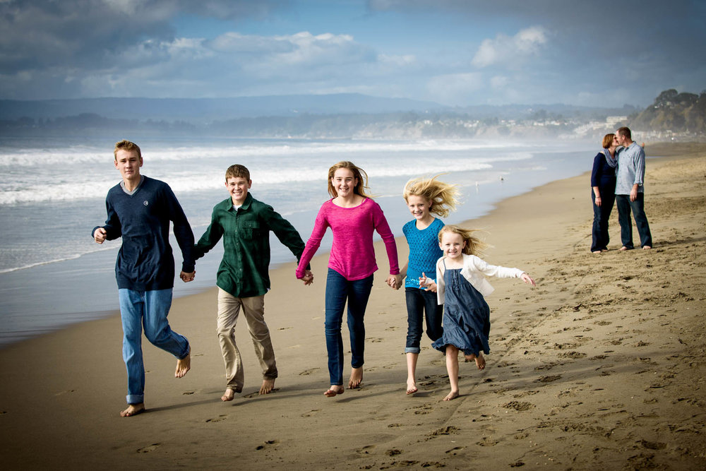 0413_d800_Kristin_Tom_Seascape_Beach_Aptos_Family_Photography.jpg