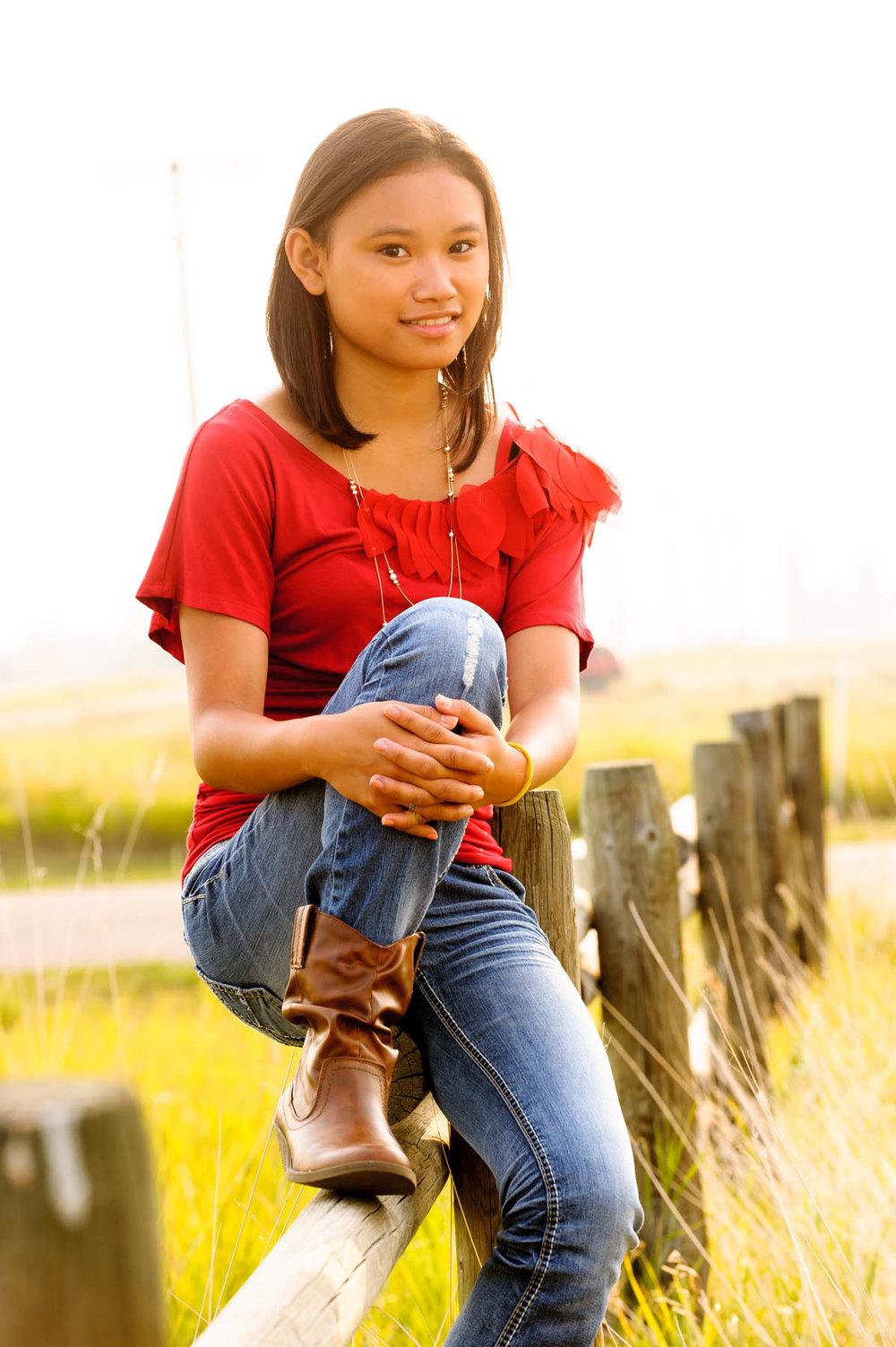 1272-d3_Mariz_Bozeman_Montana_Senior_Portrait_Photography.jpg