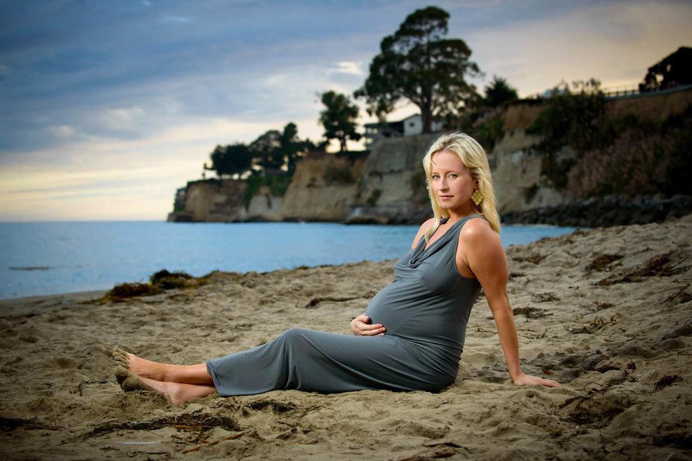 8788_d800b_Meghann_Capitola_Beach_Maternity_Photography.jpg