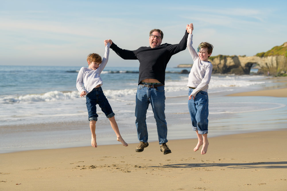 Lighthouse Field / Dog Beach Family Photography - by Bay Area po