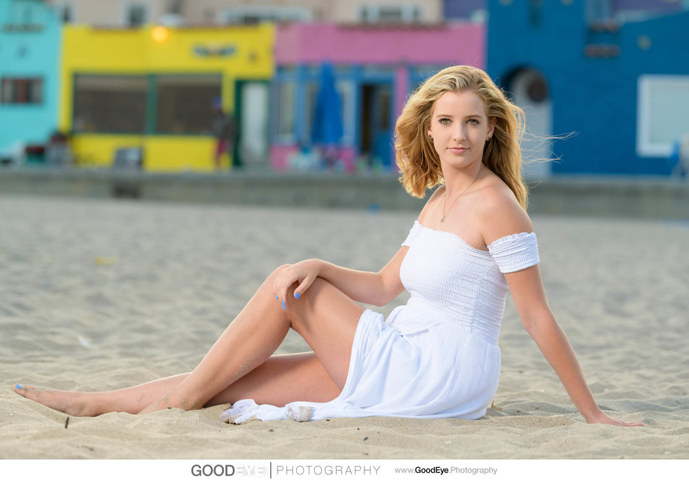 Capitola Beach Senior Portrait Photography - by Bay Area portrai