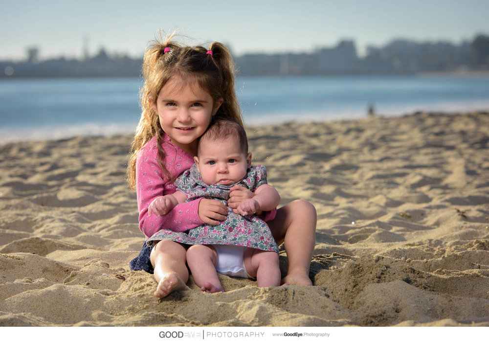 Seabright Beach Santa Cruz family photography - by Bay Area port