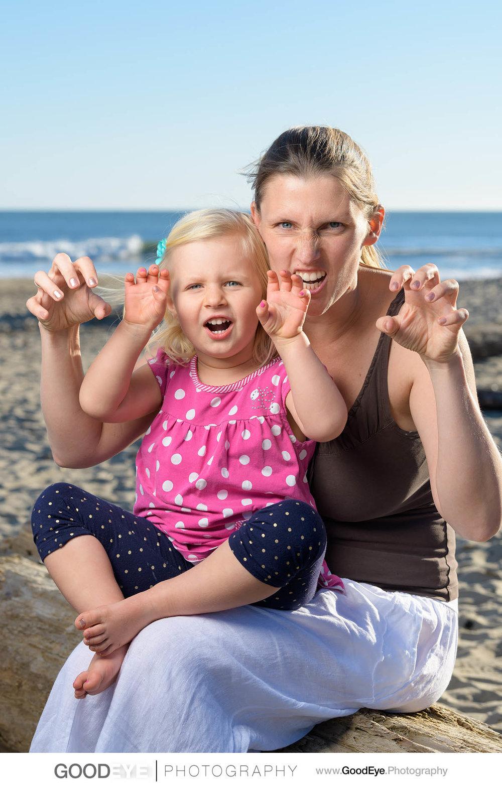7649_Maja_and_Justin_Twin_Lakes_Beach_Santa_Cruz_Newborn_Family_Photogrraphy.jpg