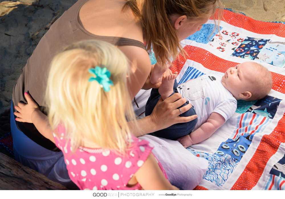 7677_Maja_and_Justin_Twin_Lakes_Beach_Santa_Cruz_Newborn_Family_Photogrraphy.jpg