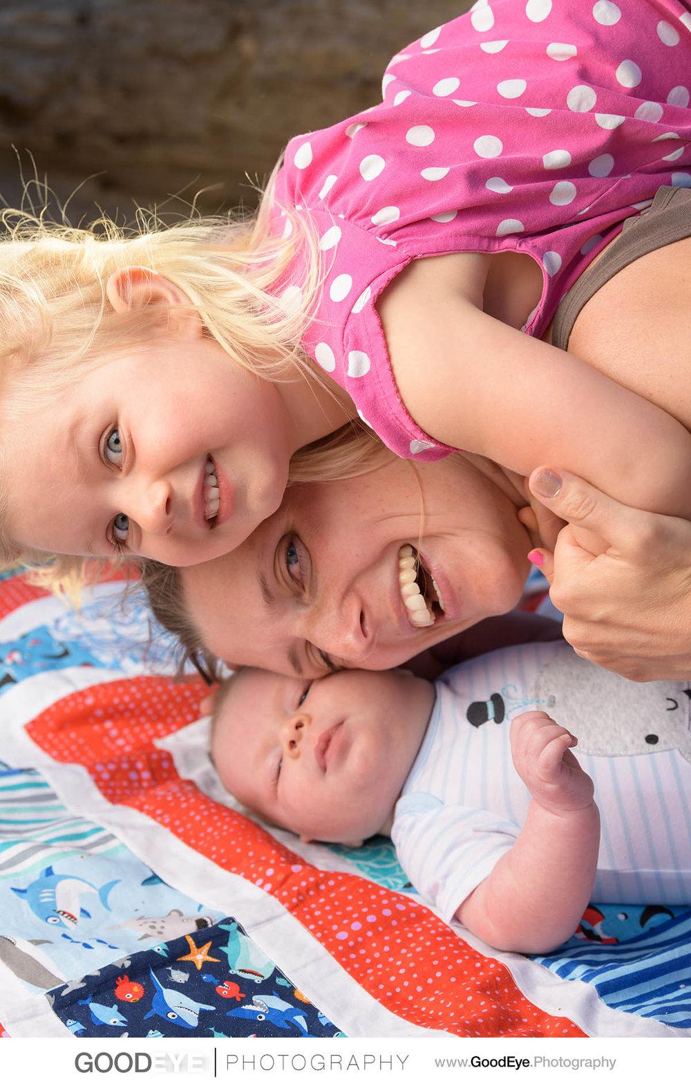 7721_Maja_and_Justin_Twin_Lakes_Beach_Santa_Cruz_Newborn_Family_Photogrraphy.jpg