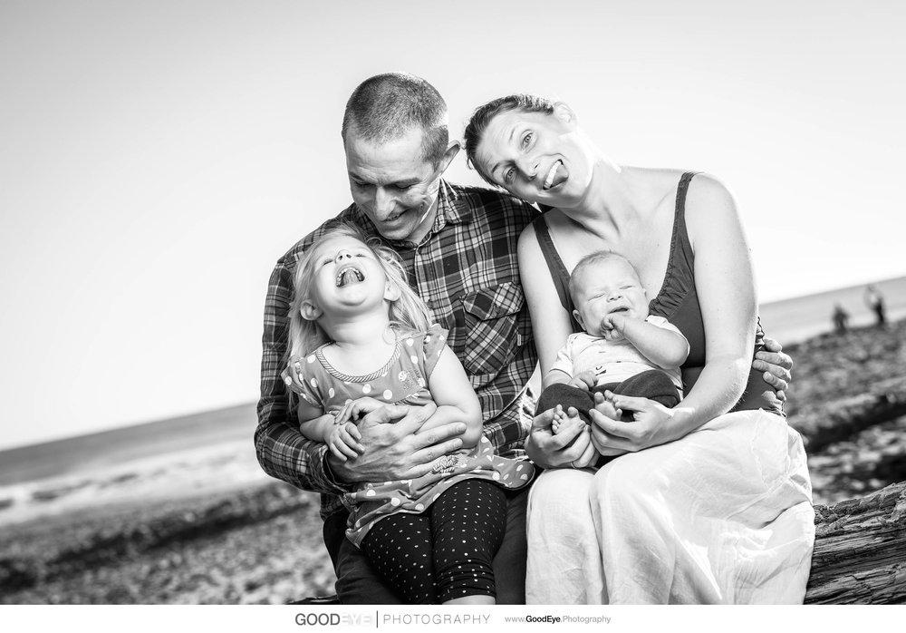 7735_Maja_and_Justin_Twin_Lakes_Beach_Santa_Cruz_Newborn_Family_Photogrraphy.jpg