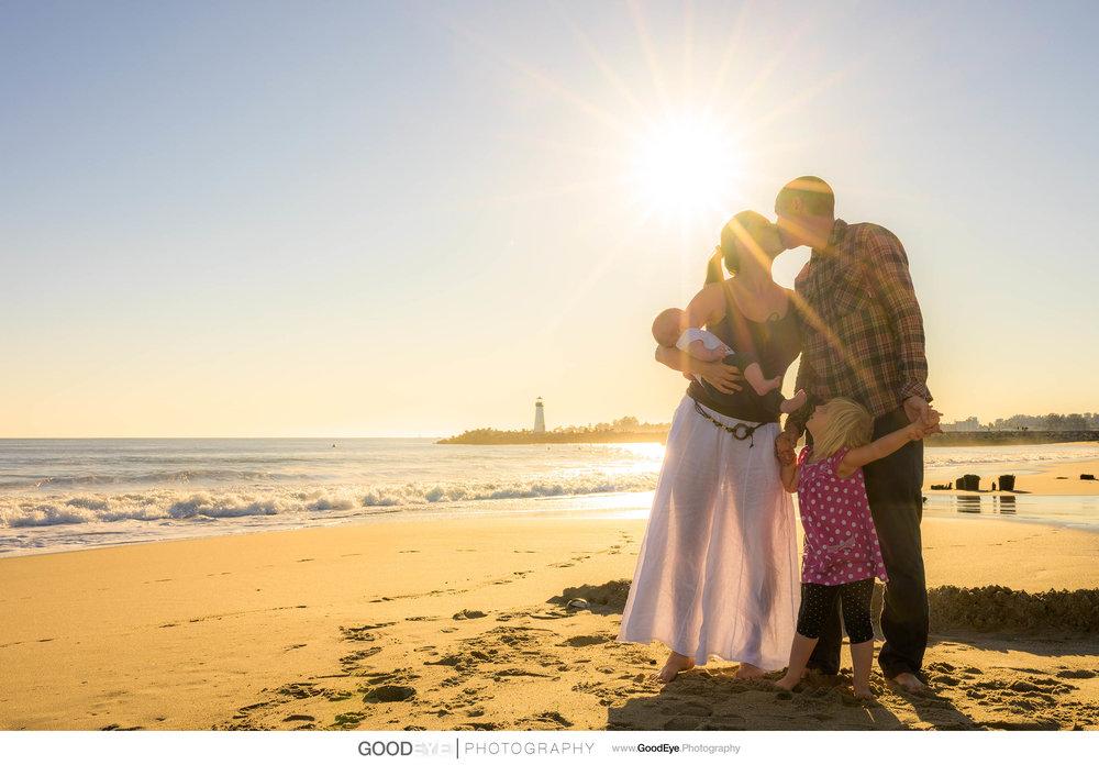 0550_Maja_and_Justin_Twin_Lakes_Beach_Santa_Cruz_Newborn_Family_Photogrraphy.jpg