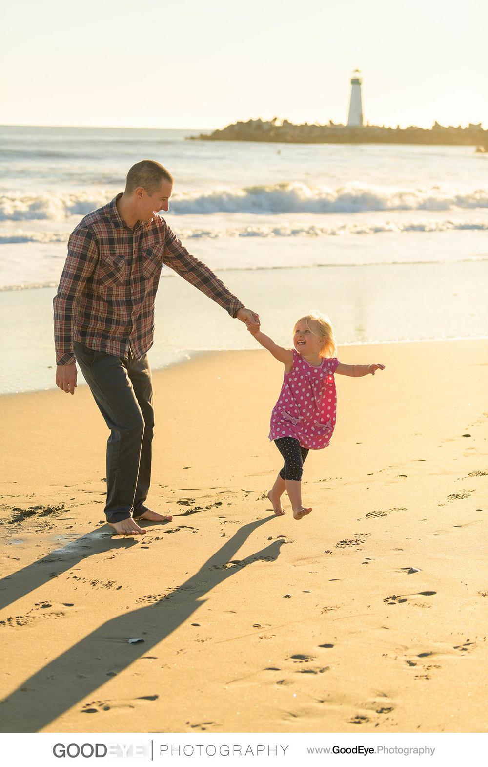 7844_Maja_and_Justin_Twin_Lakes_Beach_Santa_Cruz_Newborn_Family_Photogrraphy.jpg