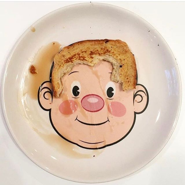 Fun plates are always a good idea. (Via #mylilsous illustrator and crazy fun momma @samsidney)