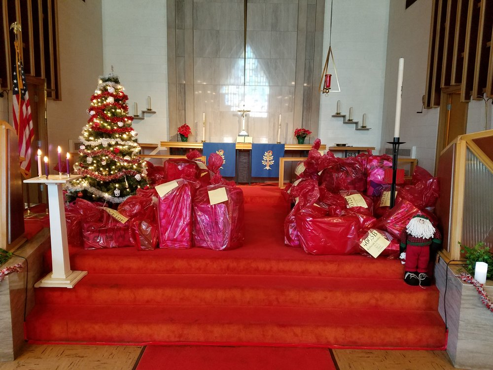 Cristmas Gifts for children in need.jpg