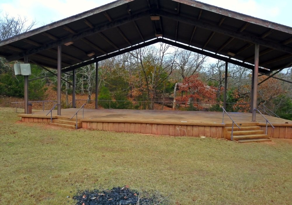 AMPHITHEATER STAGE