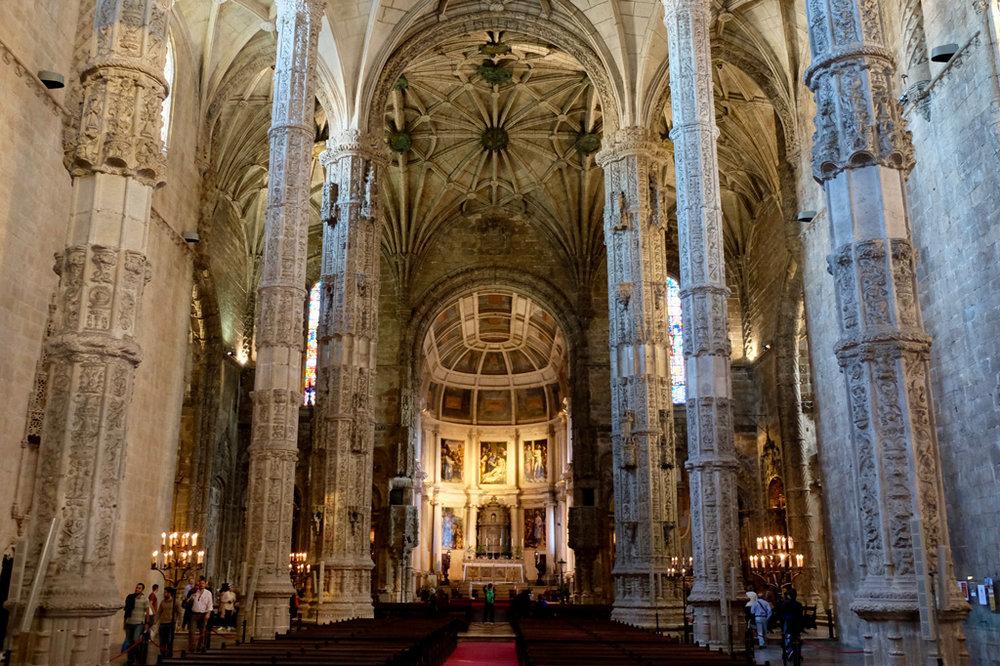 Inside Igreja Santa Maria de Belém.