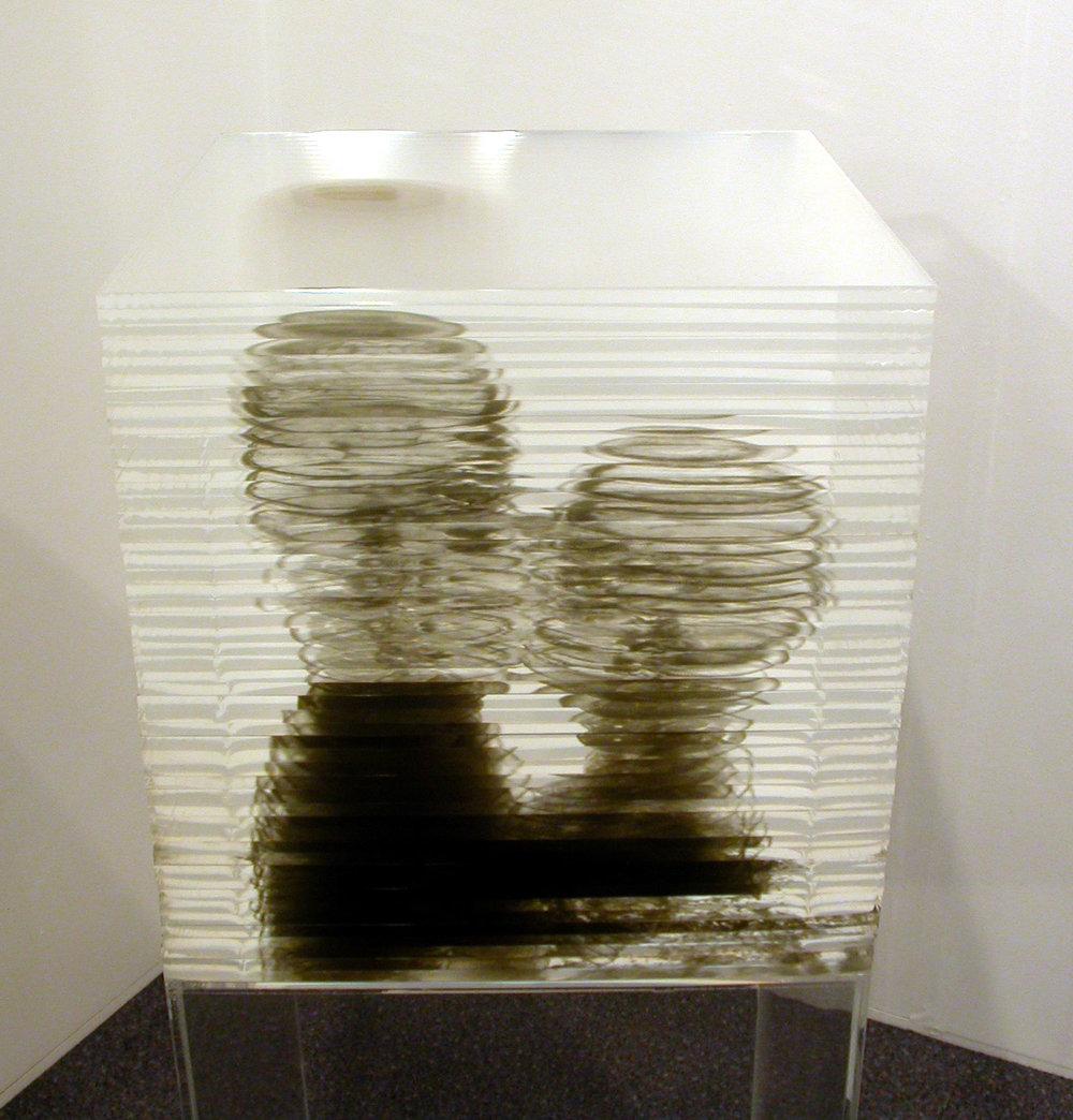 Kiss-side-view.jpg