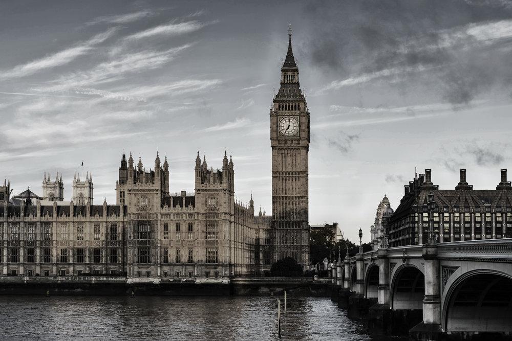 Getty_494327415_BW_London_Colorized.jpg