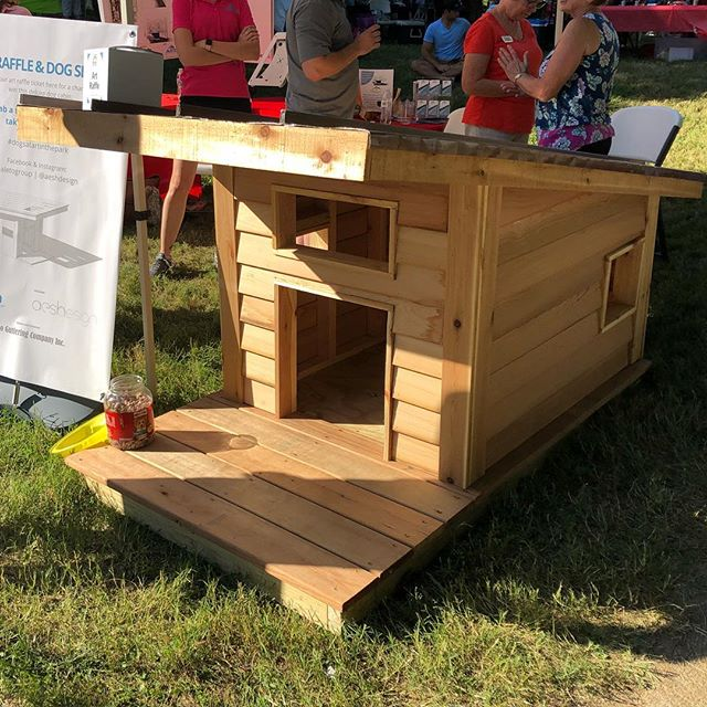 One lucky dog went home from #artintheparkfrancispark this afternoon with this dog cabin by @aeshdesign and @aletogroup.  Amos our shop dog is a little jealous #aeshdesigned #doghouse #dogsatartinthepark