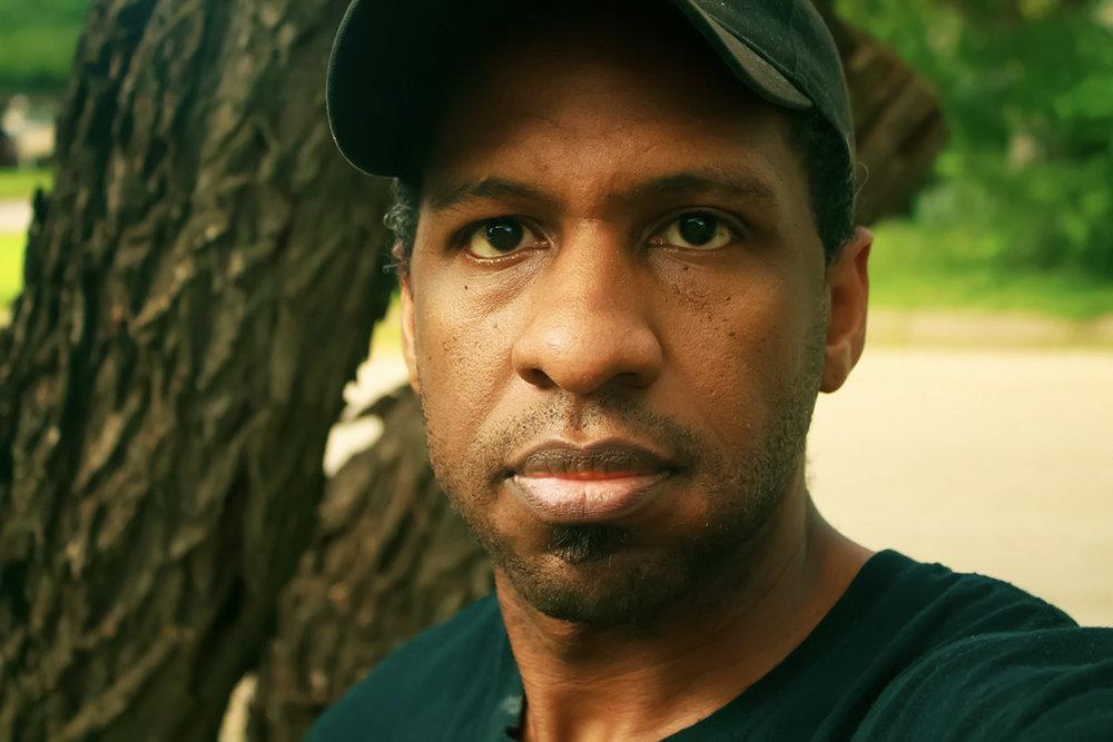 Myron Edwards is a Portrait Photographer