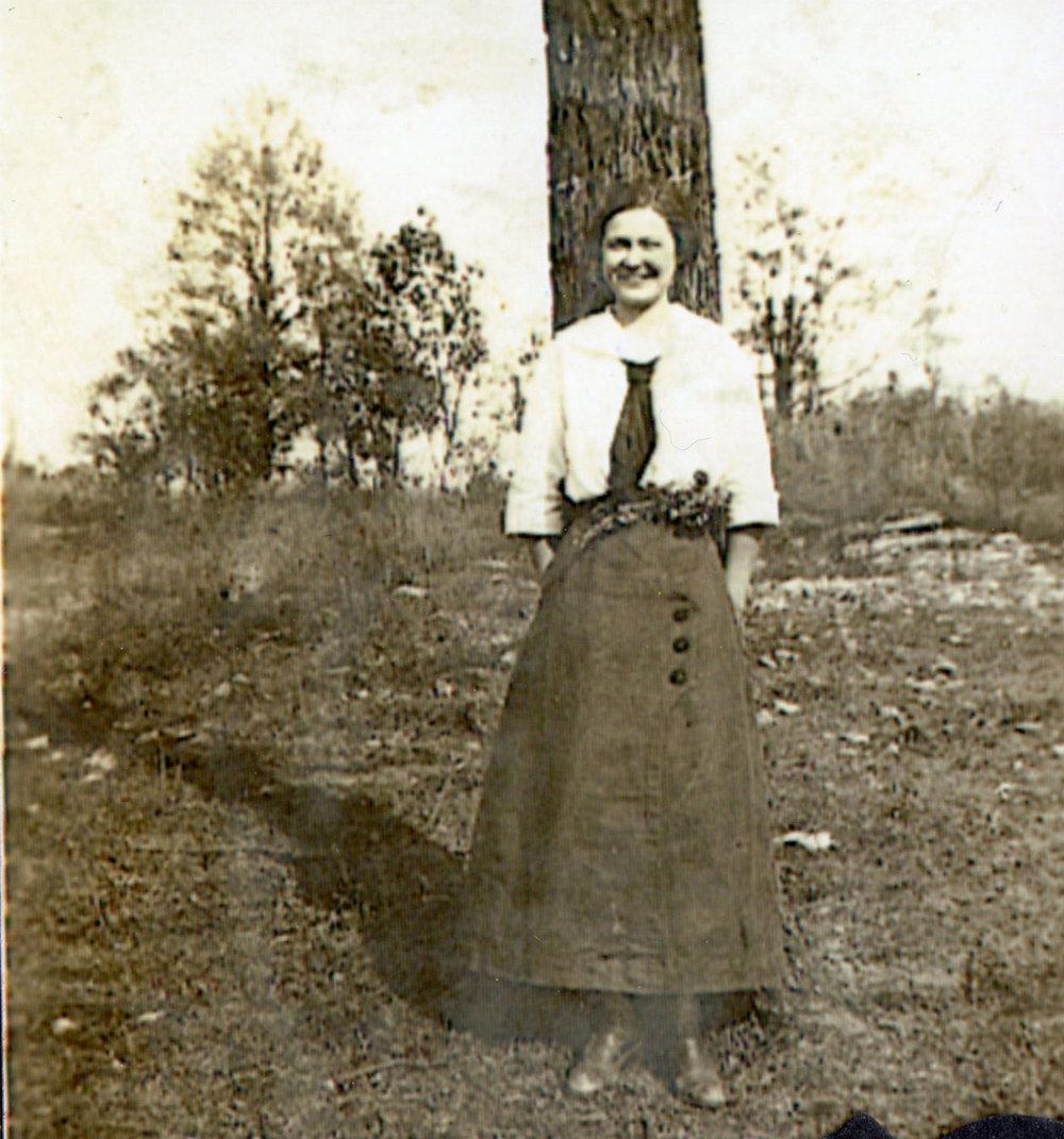 Teaching-1914-Miss-Pleasant.jpg